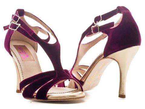 check out d1715 6e525 Abbigliamento e scarpe tango argentino: Regina | Altri ...